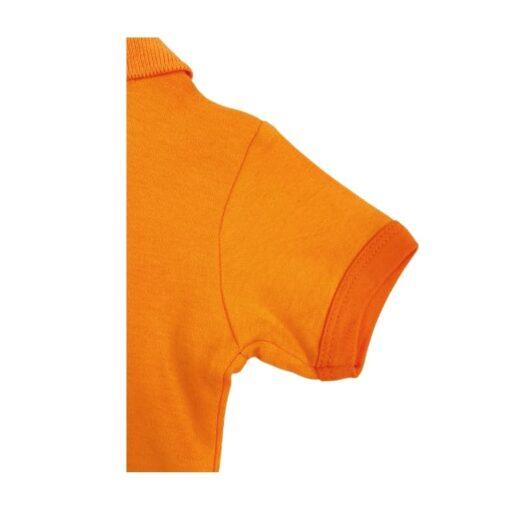 Oranje poloromper detail